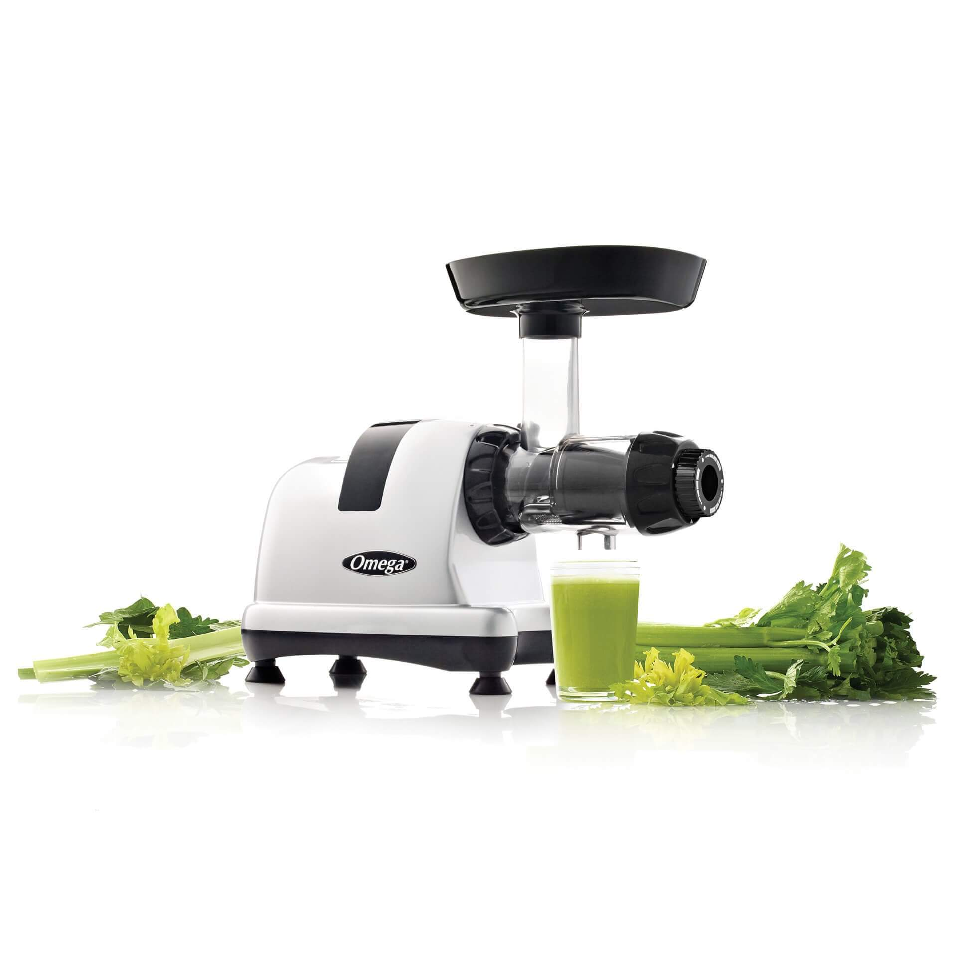Omega Juicers MM900 mit Sellerie