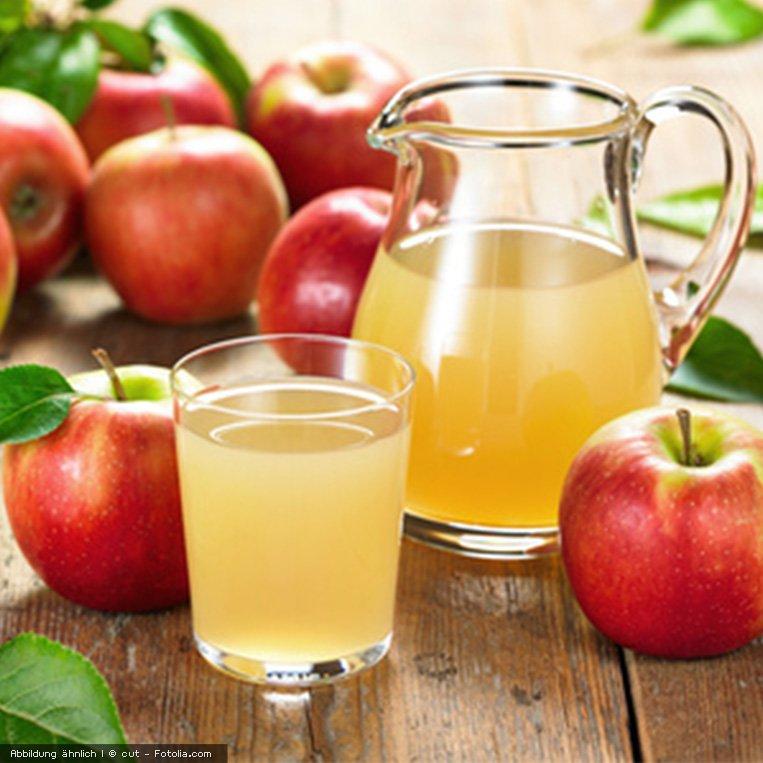 Frischer Apfelsaft aus der Solostar 4 Saftpresse