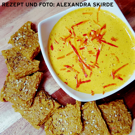Kürbis-Curry Cracker mit Mango-Kürbis Dip
