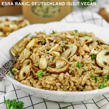 Pilzrisotto mit Nuss-Topping